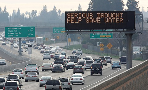 SERIOUS DROUGHT. HELP SAVE WATER.